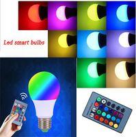Nuova lampadina E27 RGB LED 3W 5W 10W Lampade a LED Spot Smart Bulb lampadine a led RGB 24Key IR Telecomando Casa Natale