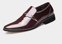 Brillanti scarpe da uomo in pelle con tomaia brillante Scarpe da lavoro formali da uomo senza lacci da ufficio
