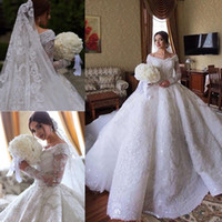 Robes de mariée sur mesure de luxe en dentelle de robe de mariée en Arabie Saoudite hors de l'épaule à manches longues Full Lace appliqued paillettes robes de mariée
