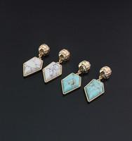 موضة الذهب اللون هندسية الحجر الطبيعي الشكل الهندسي الأبيض الفيروز استرخى أقراط مجوهرات للنساء