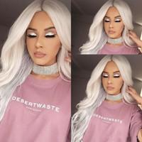 Parte media peluca blanca natural de onda larga del cuerpo peluca frontal de encaje sintético de fibra de alta temperatura para mujeres blancas