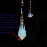 1 Stück Schöne Geschnitzte Pendel Handgemachten Schmuck Synthetische Opal Stein Kristall Opalite Punkt Wand Anhänger Pendel W / Antike Bronze Gliederkette