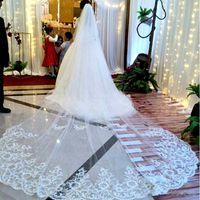 Tek Katmanlı Uzun Katedrali Düğün Veils Dantel Aplike Tarak Ile Yumuşak Tül Gelin Peçe Gelin Aksesuarları