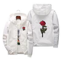 2018 Nueva Moda Rose Chaqueta Rompevientos para Hombres Mujeres Bordado Chaquetas Universitarias Hombre Cremallera Alta Calidad Rose Bordado Con Capucha