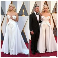 New Fashion 88th Oscar Lady Gaga Abiti celebrità White Sweetheart Sassy Abiti Pantaloni Satin Sexy Red Carpet Abiti da sera DH4130