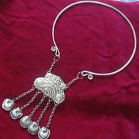 Miao Xiang Dong Village Handmade Miao Argento Collana di colletto di gioielli in argento