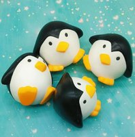 2017 Nouveau 11 CM Jumbo Kawaii Mignon Pingouin Squishy Lent Rising Soulager Le Stress Doux Charme Charmant Gâteau Au Pain Kid Toy Cadeau