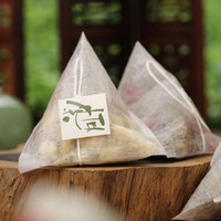 Bolsas de té de fibra de maíz Forma piramidal Filtro de sellado térmico Bolsas de té PLA Biodegradadas Filtros de té 5.8 * 7 cm QW8814