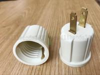 غير مقبس الولايات المتحدة الأمريكية قابس محول المقبس المبلور يحول المخرج إلى مقبس المصباح E26 125 فولت سلكين NEMA 1-15P أسود 125VAC 660W MYY