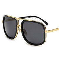 Cuadrado de la manera de los hombres gafas de sol populares unisex gafas de fiesta de colores Classic Travel aire libre de la vendimia de metal gafas de sol UV400