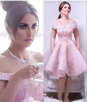 Romantic Lace Arabic Homecoming Dresses Pink Off Shoulder Kn...