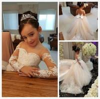 Marfim Floristas Vestidos para casamentos Lace apliques Beads mangas compridas menina vestido de casamento Caixilhos baratos Criança Pgeant Vestidos