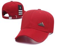 Nuevos llegados. 2018 venta al por mayor gorras de béisbol Marca de lujo  gorra de bordado sombreros para hombres snapback ... e220799b759