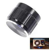 ¡Envío gratis! 10 unids / lote Potenciómetro Negro Perilla Cap Interior 6mm 17x21mm Ajuste de Volumen Rotary Switch Aluminio