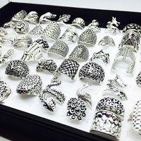 Commercio all'ingrosso 50pcs Mix Styles Bella argento anelli di gioielli vintage per le donne regali del partito unico nuovo di zecca