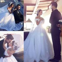 2018 Date robe de bal robes de mariage hors épaule Floral Appliques Tulle organza dos nu Chapelle arabe robes de mariée de mariage Dubaï