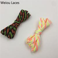Weiou nuovo arriva 0,7 cm larghezza piatta tubolare tubolare in poliestere lucido lecci buone corda di avvio aziendale in 120 cm per scarpe bianche