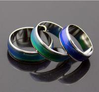 Epack Versand 200pcs Mode Stimmung Ring ändern Farben Edelstahl Ringgröße: # 16 # 17 # 18 # 19 # 20 Mix Größen einschließlich Box