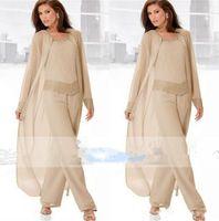 2018 Champagne tre pezzi madre della sposa Pantalone con giacche lunghe maniche lunghe in rilievo chiffon madre plus size abito da sposa