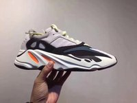 High Quality 2018 Kanye West Wave Runner 700 Sneaker Running...