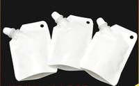 Il sacchetto di plastica del doypack di plastica bianco 50ml sostiene la borsa dell'imballaggio del sacchetto di immagazzinaggio con il becco laterale che spedice liberamente