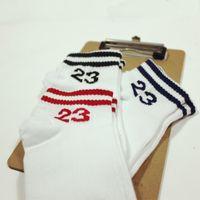 NOVITÀ Uomo originale di designDonna marca No.23 Calzini rossi Cesto con piede in cotone con calzini a tubo Elmetto maschile Sox White Sock