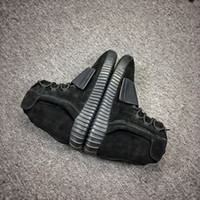 2018 new Mens Boost 750 Blackout Outdoors Leisure, Kanye West...