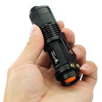 Горячие продажи новый мини телескопический зум сильный свет перезаряжаемые фонарик 7w300lm Факел фонарик CREE Q5 R2 LED Дальнего короля SK68