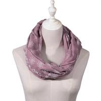 2018 새로운 디자인 Femal 보라색 옐로우 핑크 메탈릭 골드 호일 반짝이 꽃 Shawls 스카프 여성을위한 고품질 스카프 도매