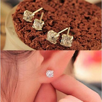 Accessories wholesale alloy imitation claw crystal stud earr...