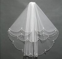 Fabuloso 2019 Nova Chegada Nupcial Véus Duas Camadas Beading Cristais Pérolas embelezadas Tule curto para noivas Qualidade superior com pente