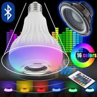 E27 سماعات بلوتوث لاسلكية + 12W RGBW RGB لمبة LED مصباح 110 فولت 220 فولت الذكية الصمام ضوء مشغل الموسيقى الصوت مع جهاز التحكم عن بعد
