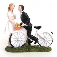 새로운 웨딩 케이크 토퍼 자전거 키스 신부 및 신랑 장식 컵 케이크 토퍼 사위 조각상 공예품 기념품 웨딩 호의
