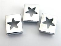 Il prezzo all'ingrosso 100pcs 8mm i fascini dello scorrevole Hollow Star Fit 8 millimetri Pet collari braccialetti catena chiave Accessori fai da te.