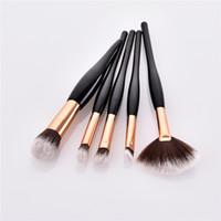 5pcs / set maquillage pinceau manche en bois noir doré luxe couleur professionnel cosmétique ensemble kit doux cheveux synthétiques DHL T05023