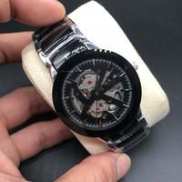 Qaurtz Moda preto das senhoras do relógio de cerâmica Unissex Mulheres Relógios Lady homens famosos do Modern Casual Mens Esporte Relógios de pulso