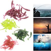 Sıcak Satış Yapay Lure 20pcs 1g / 5 cm Balıkçılık Solucan Swimbait Jig Başkanı Yumuşak Yem Balıkçılık Bait Balıkçılık Lure 4 Renkler