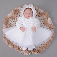 소매 2018 가을 새 아기 소녀 Christening 가운 첫 번째 생일 세례 긴 소매 Pom Pom 레이스 공주의 드레스 + 모자 E213