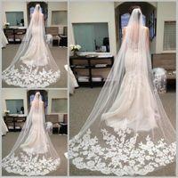 Moda Şapel Uzunluğu Tül Tarak Aplike Dekorasyon ile Gelin Düğün Veils Uzun Gelin Peçe Saç Aksesuarları