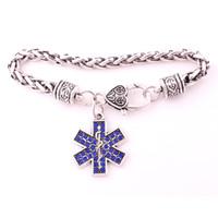 Fashion Medic Sign Snake Crutched e bellissimi cristalli blu Charm pendent braccialetto a catena di grano argento antico fornire il trasporto di goccia