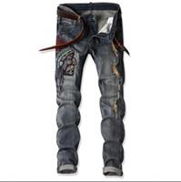 2018 tamanho grande calça jeans nova dos homens da índia cabeça do homem bordado jeans buraco denim calças casual streight perna jeans frete grátis tamanho 28-38 CJ1701