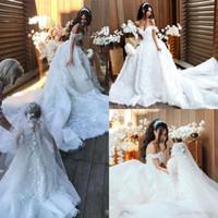 Hermosa africana fuera del hombro Vestidos de novia con apliques de encaje de tren desmontable Vestidos de boda Tren de barrido Vestidos nupciales árabes