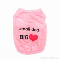 Yeni Varış Bahar Yaz Pet Ürün Yavru Kedi Giyim Yelekler Küçük Köpek Büyük Aşk Köpek Giyim T-shirt Apperal Yavru için 4 Renkler