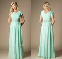 Perline Verde menta paese abito da damigella d'onore Modest A-Line Chiffon formale damigella d'onore Abito informale Wedding Guest Gown Plus Size