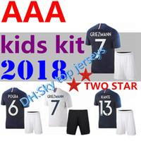 Camisola de futebol 2 estrelas FRANCES 2018 2019 kids kit pogba 18 19 DEMISSÃO DE PAGAMENTO MBAPPE GRIEZMANN KANTE camisas de futebol nacional COMAN AWAY branco