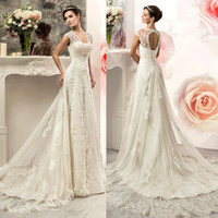 2019 New A Line Beach Abiti da sposa in rilievo Abiti da sposa Cap Sleeves Lace Up Corsetto Sweep Train Wedding Dress