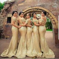 Oro fuori dalla spalla paillettes lungo della sirena abiti da sposa increspato Piano Lunghezza Invitato a un matrimonio lungo da promenade dei vestiti da sera