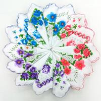 Beyaz ENBOIDERY Mendil Kadınlar Kare El Havlusu Çiçek Tekstil Pamuklu Handkercheif Kadınlar Için 122426