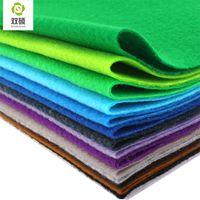 2015 новый высокое качество смешать цвет мягкий полиэстер нетканый войлок ткань DIY чувствовал ткань пакет 1.5 мм толщиной 24 шт. / Лот 30X30 см RN-24-2