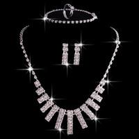 뜨거운 판매 4 세트 크리스탈 신부 보석 세트 목걸이 귀걸이와 결혼식 팔찌와 실버 인공 결혼식 액세서리